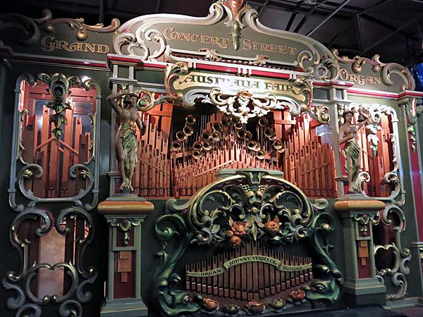 Grand Concert Street Organ